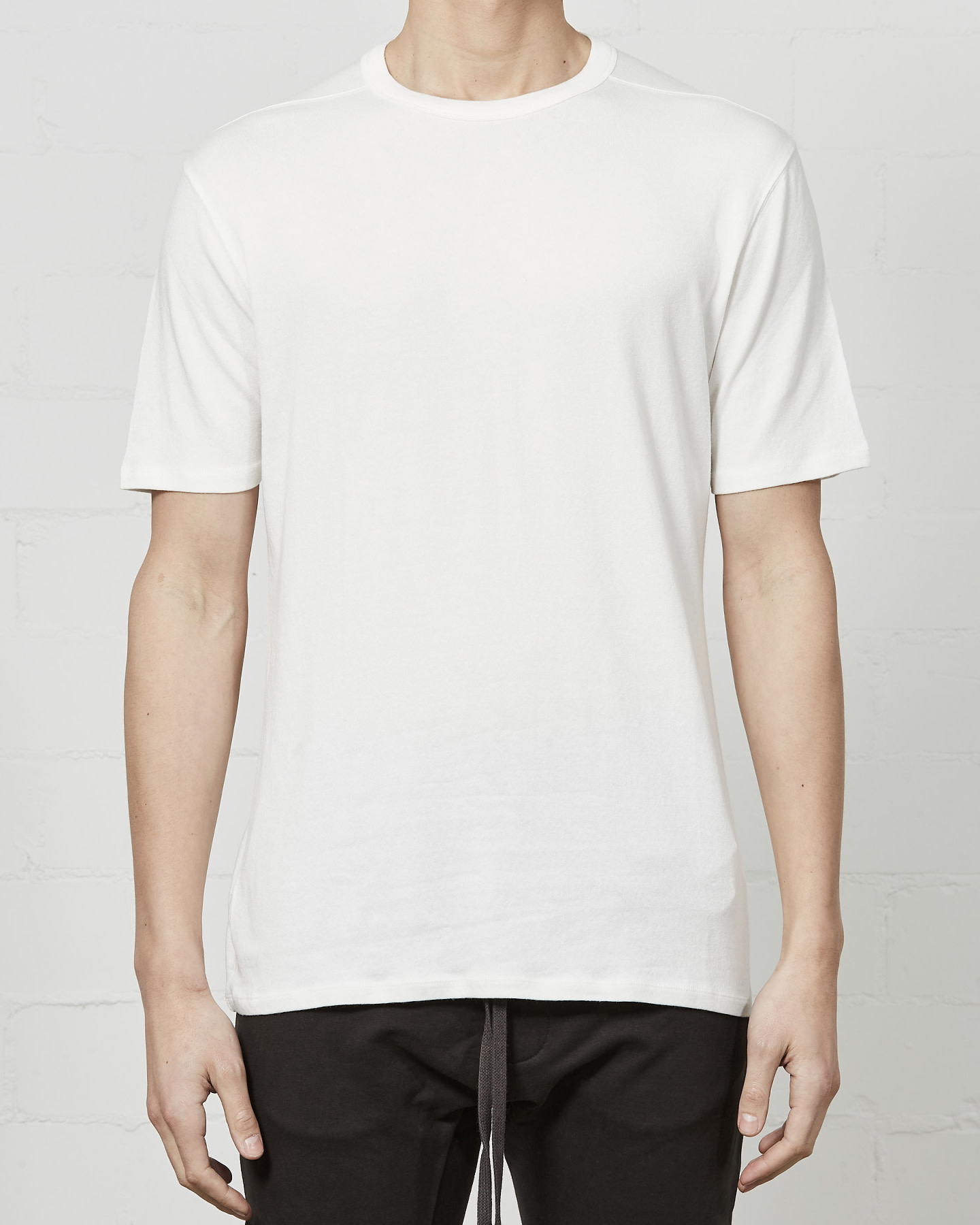 STRETCH COTTON MODAL FITTED CREW - OFF WHITE