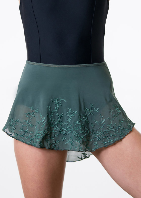 Suffolk 1009A Springfield High Low Pull-On Skirt