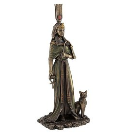 Queen Nefertari with Cat Statue