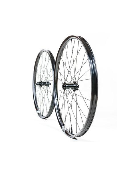"WR1 Wheelset Union 27.5"" I9 Hydra Boost 110x15, 148x12 Sram XD 6b Sapim Race Black"