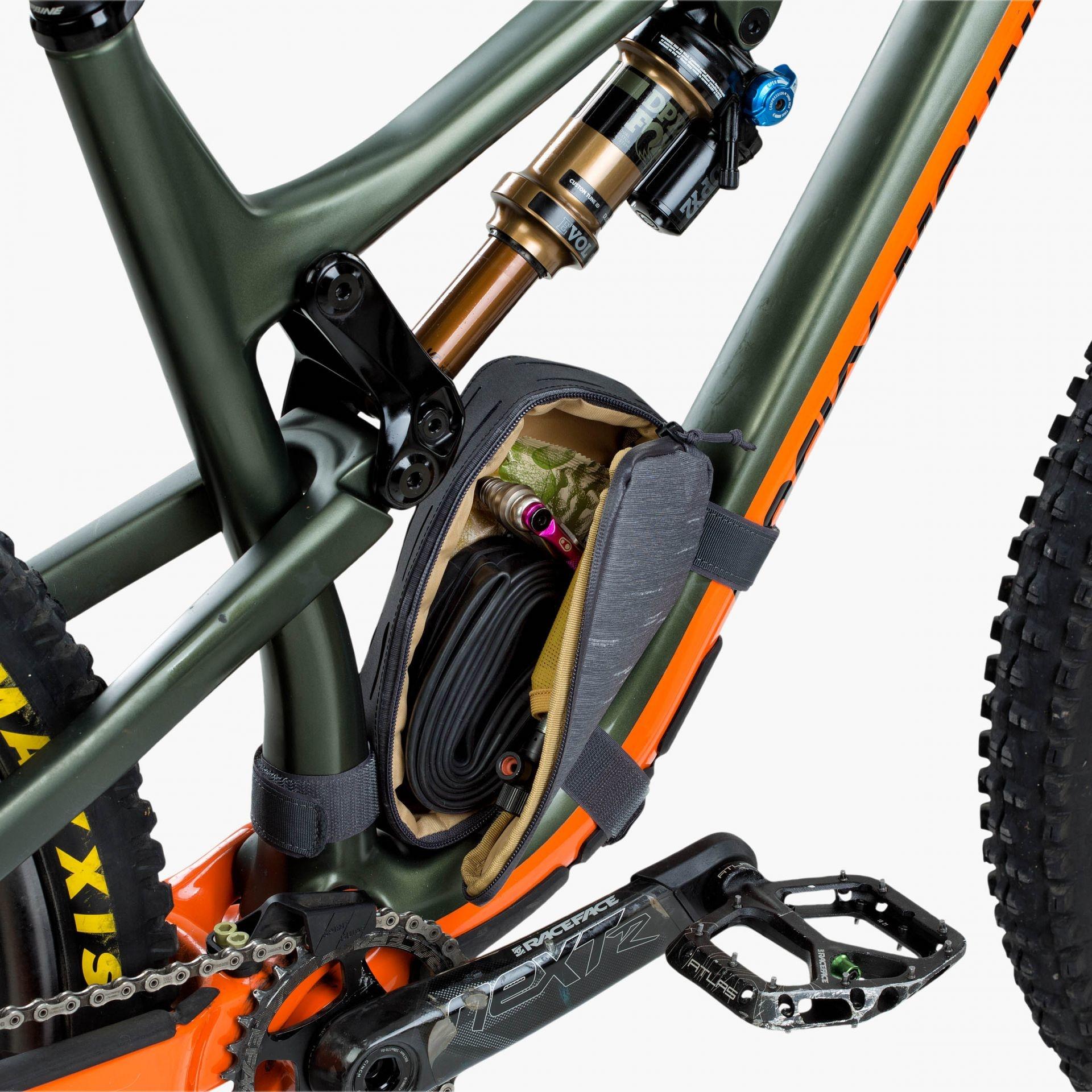 EVOC, Multi Frame Bag M, Frame Bag, 1L, Carbon Grey-5