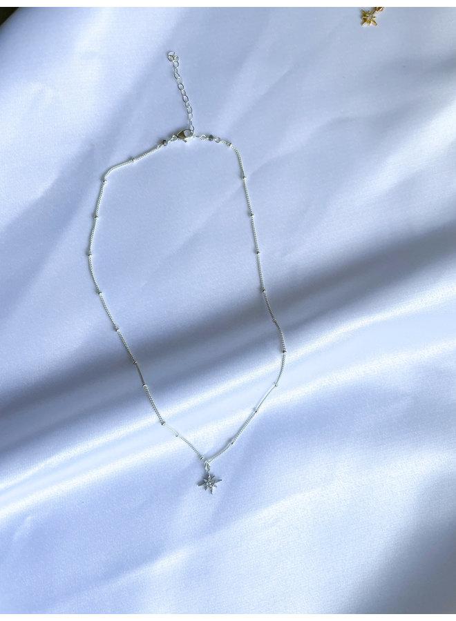 Stella Starburst Necklace Silver