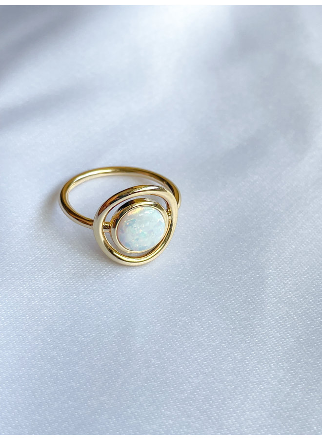 Eclipse Ring Opal Gold