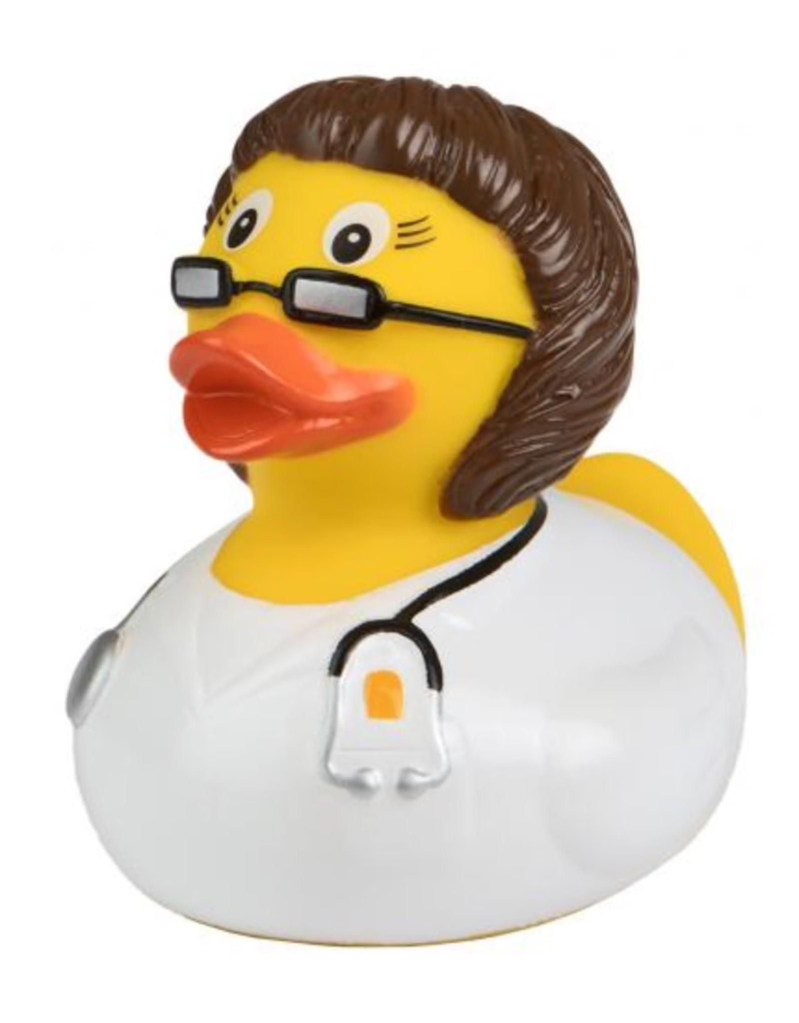 La docteure brune