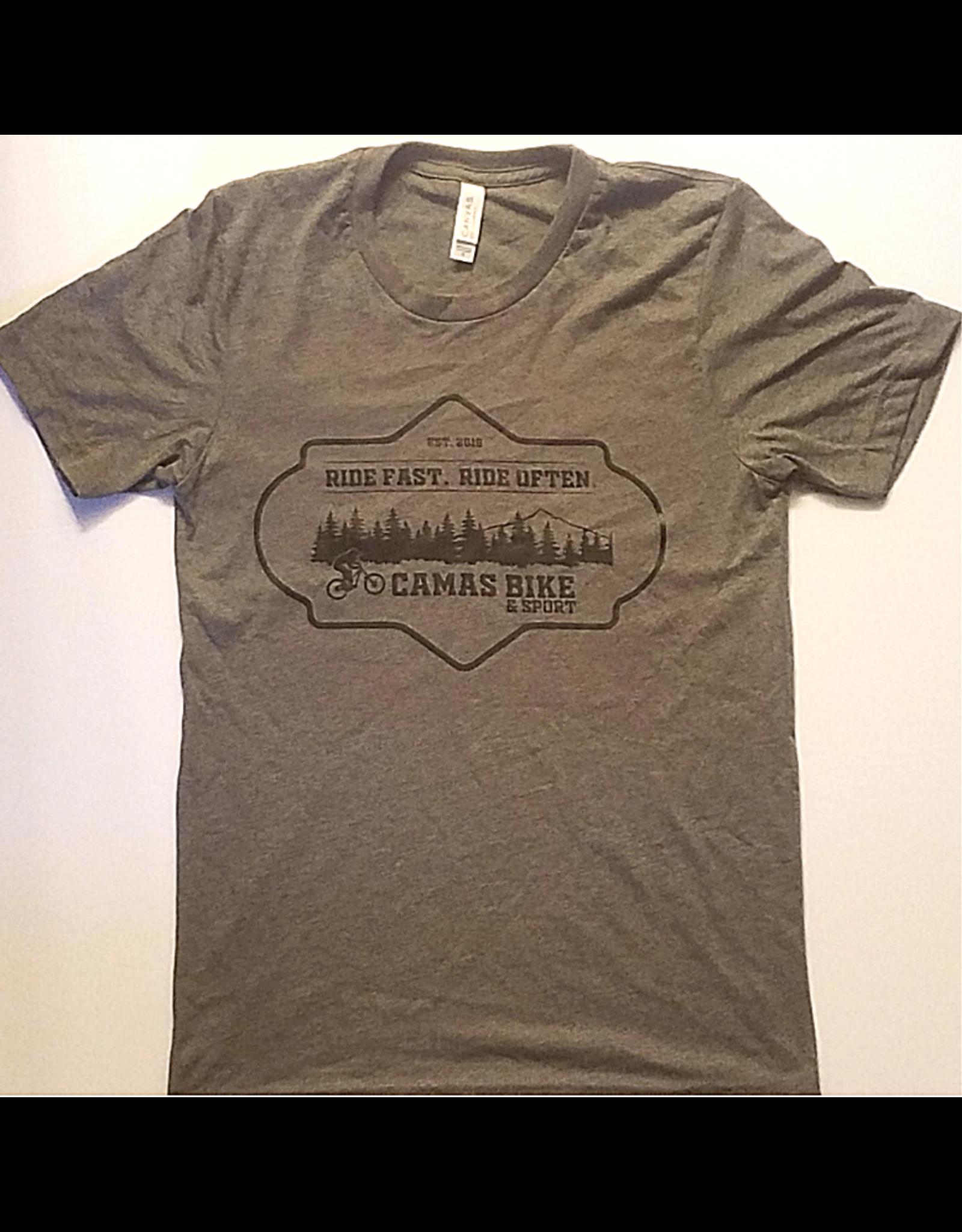 Camas  T-shirt - EST 2019