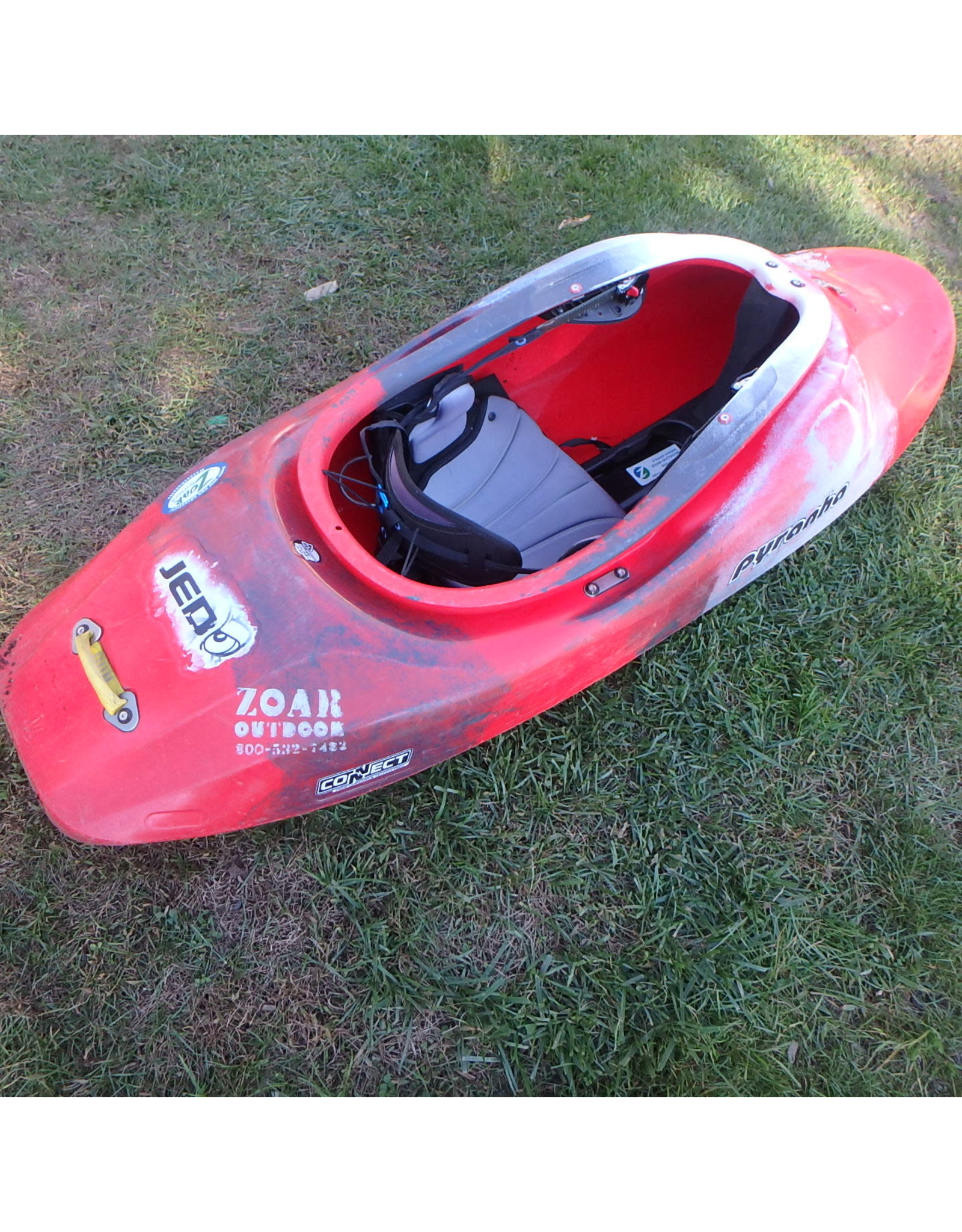 Pyranha JED Kayak - Demo Red/White/Black