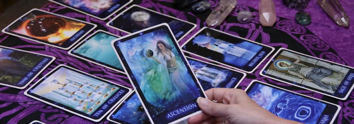 Headline Photo 4 - Tarot Reading