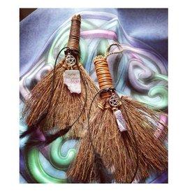 """Broom with Pentacle & Amethyst 8"""""""