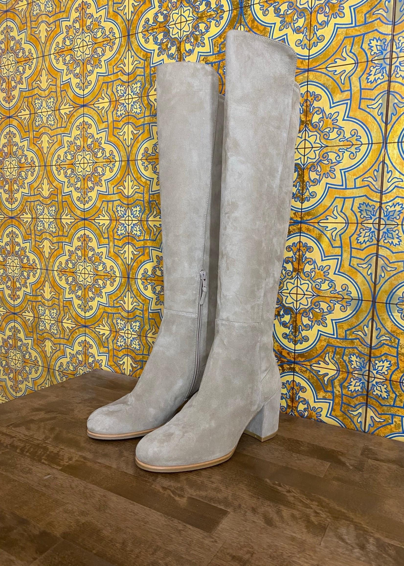 Stuart Weitzman Tan Suede Boots 6