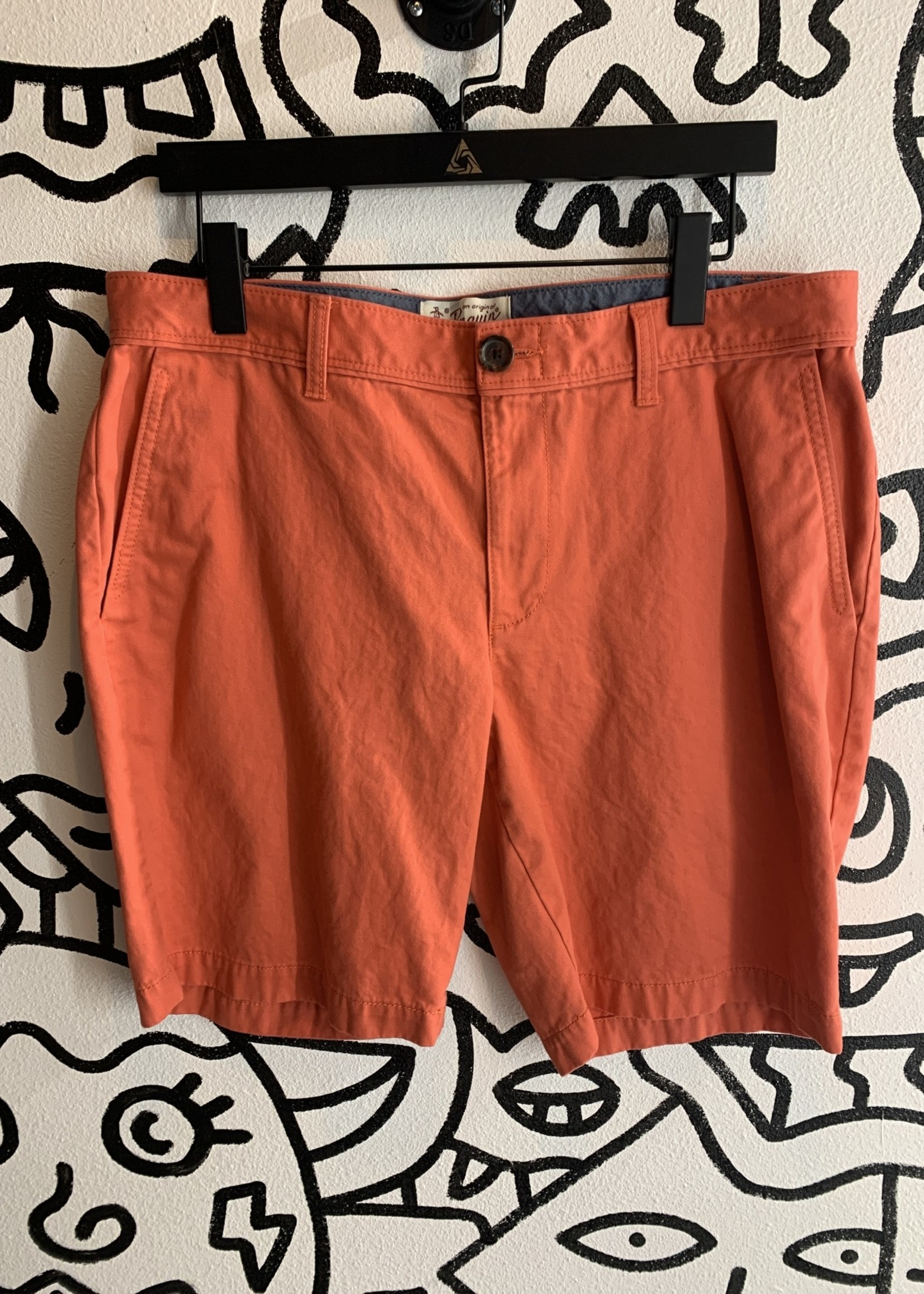 Penguin orange/red short 34
