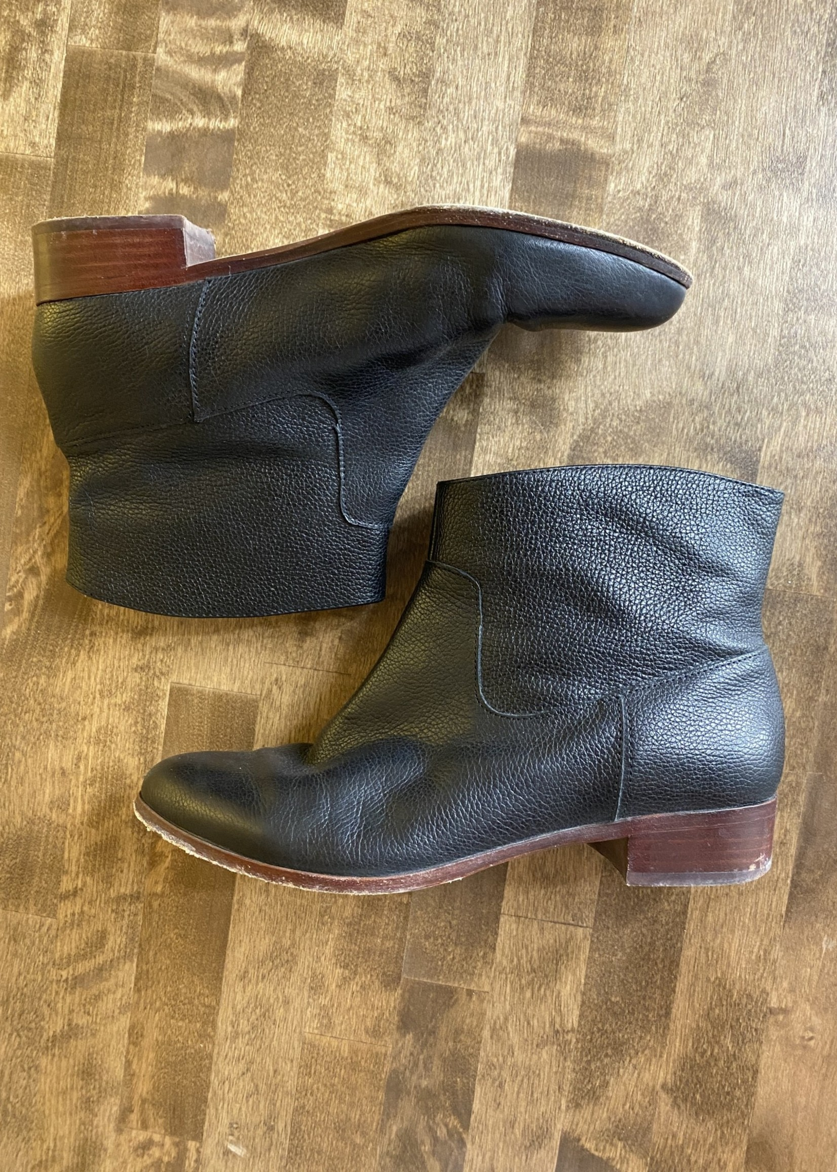 Kate Spade Black Leather Short Boots 7.5