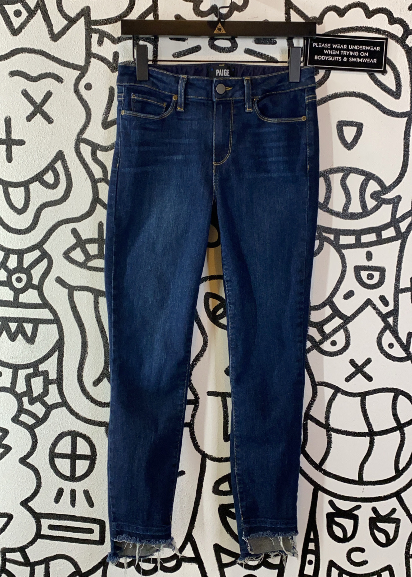 """Paige Hoxton Crop Blue Jeans 26"""""""