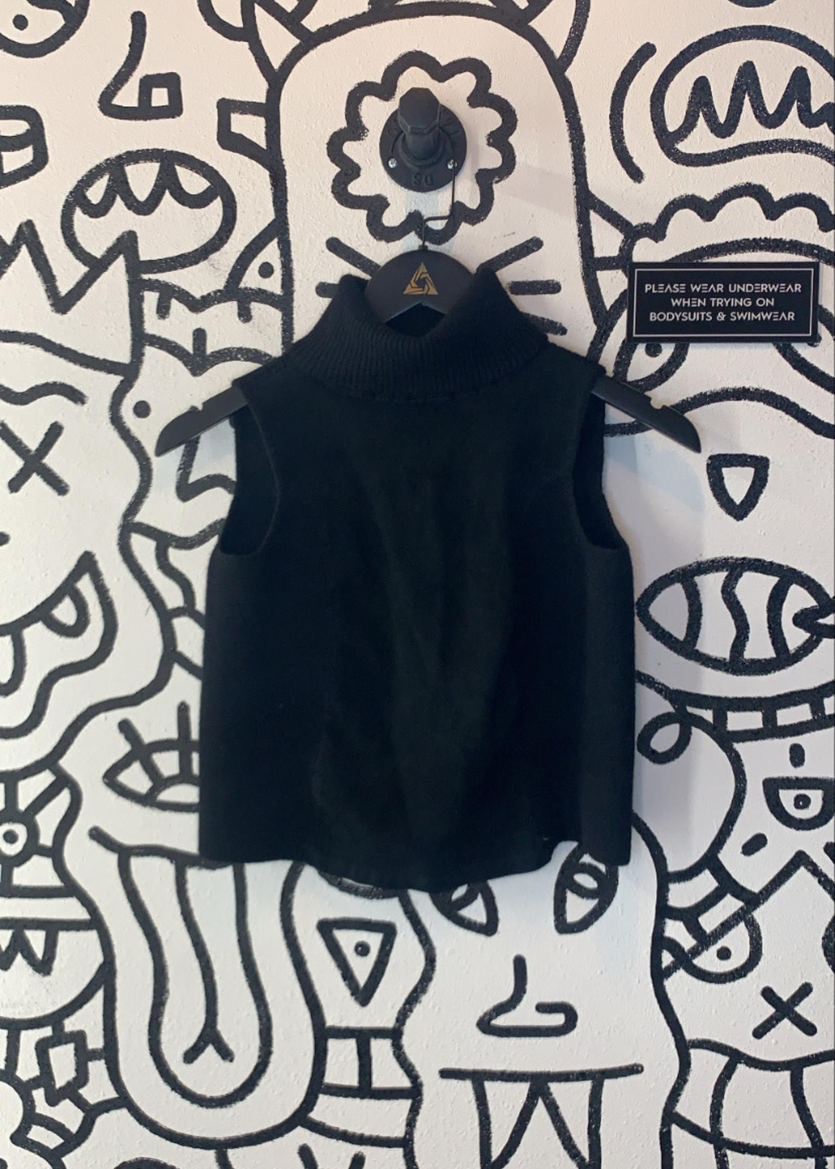 DKNY Knit sleeveless turtleneck S