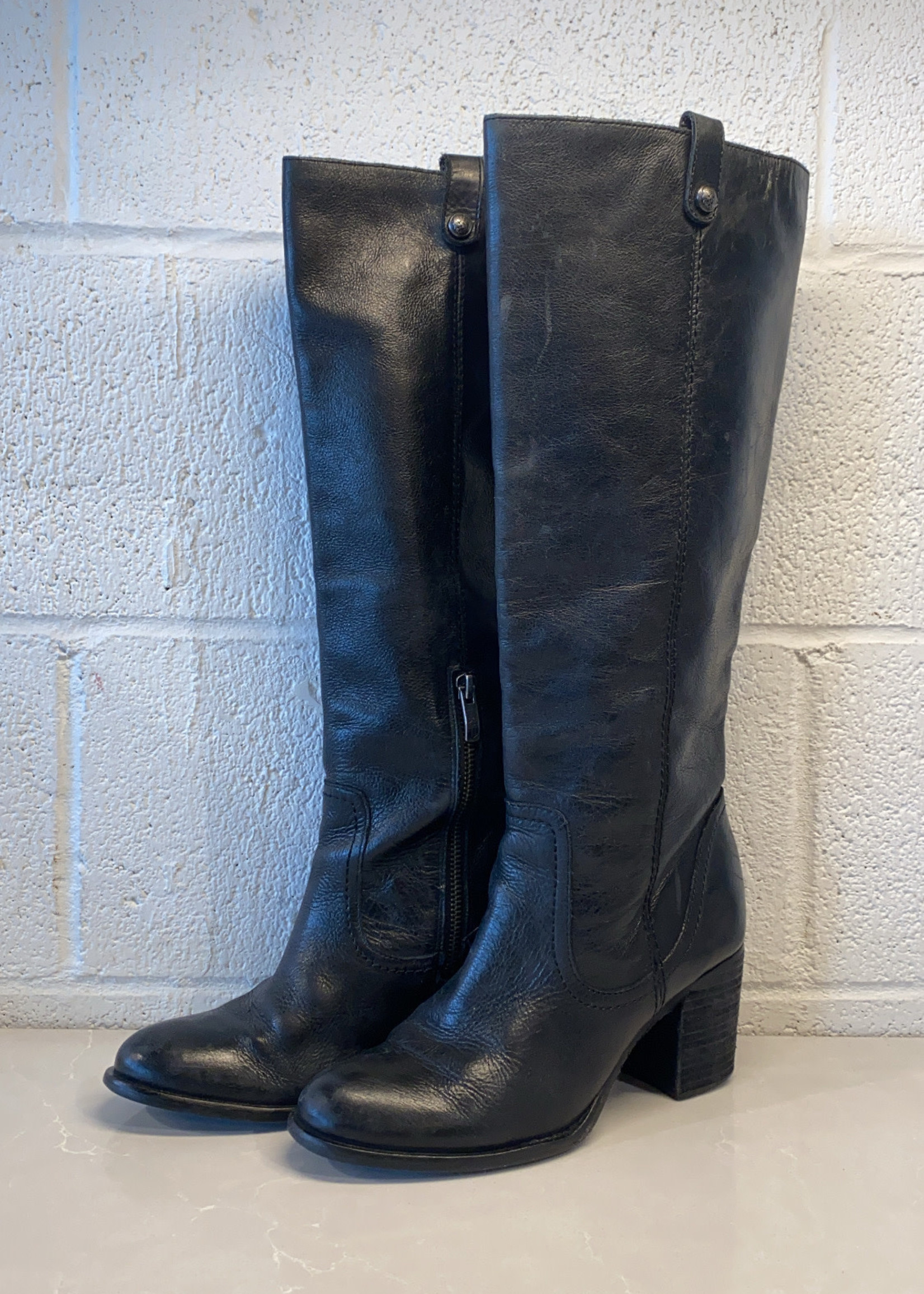 Vince Camuto Black Leather Heeled Boots 7