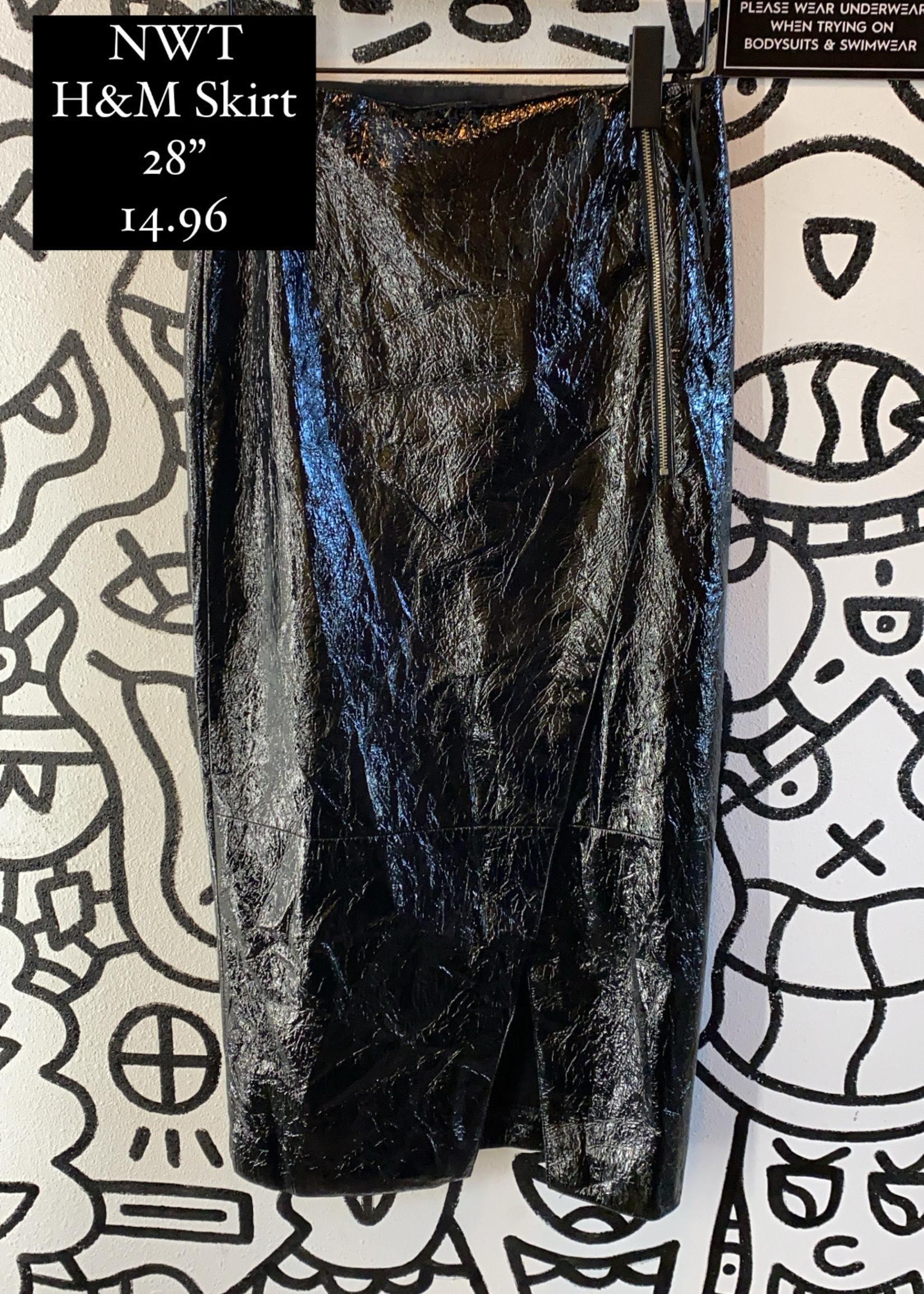 "NWT H&M Black Crinkle Skirt 6 28"""