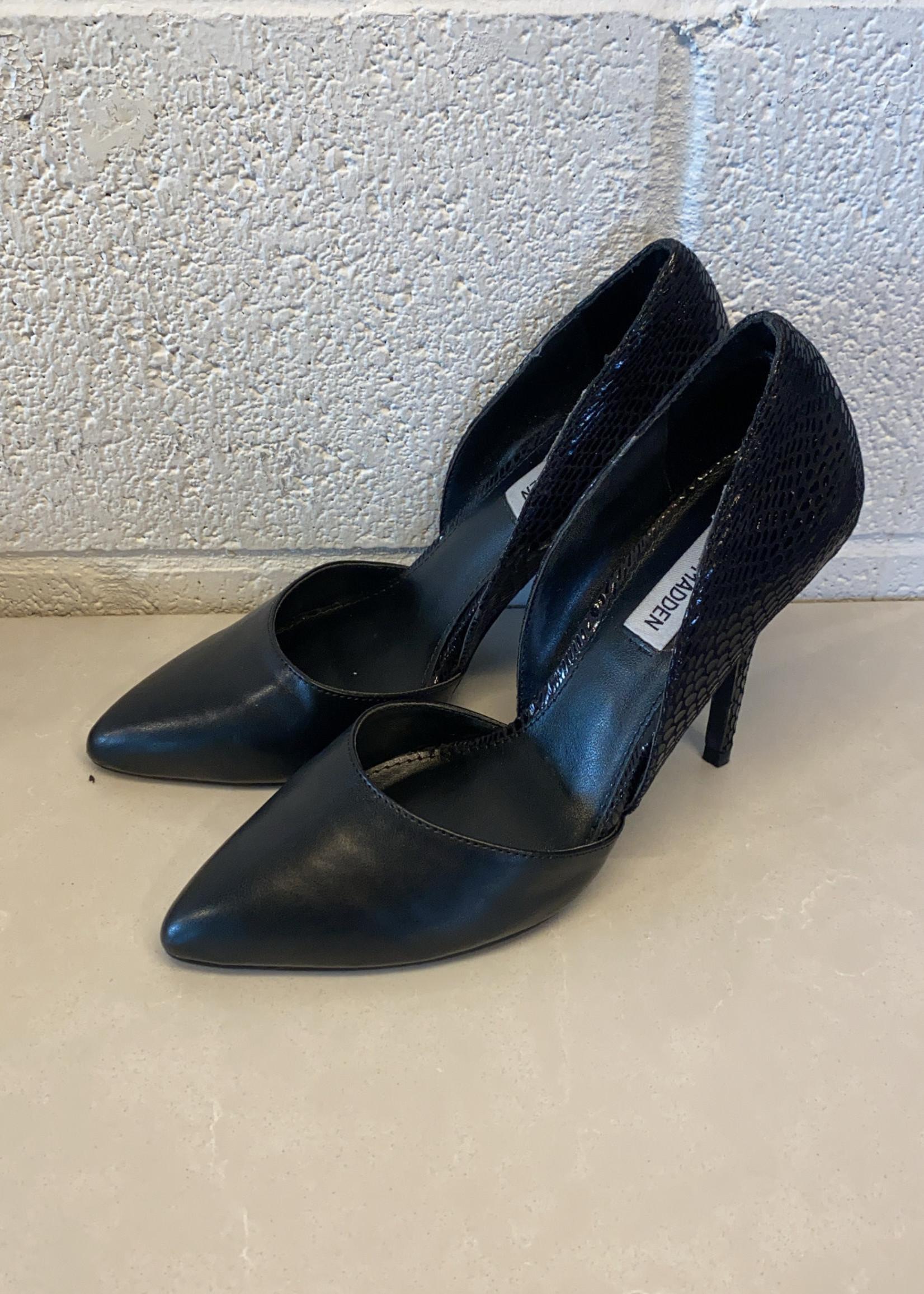 Steve Madden Black Pointed Toe Heels 7.5