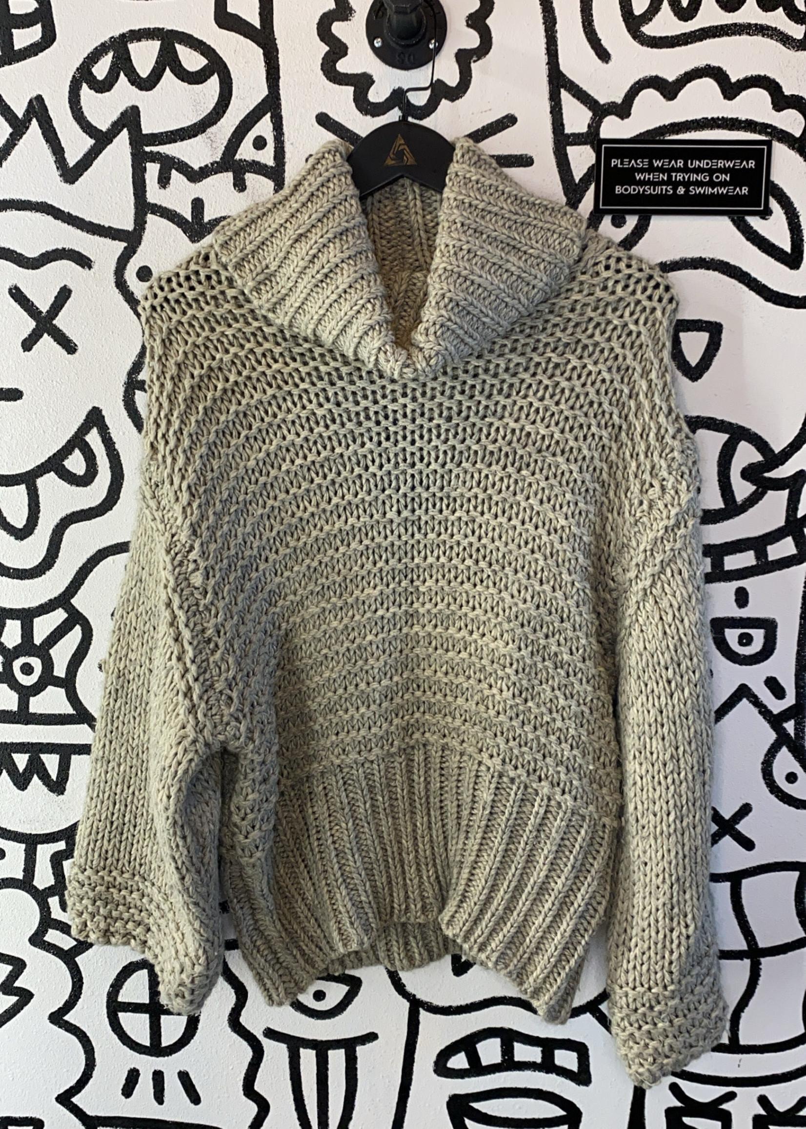 American Threads Chunky Grey Knit Turtleneck Sweater M
