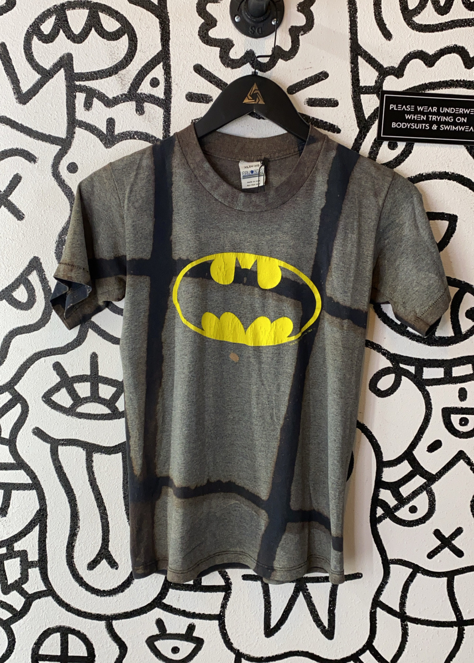 Vintage Window Sun Bleach Batman 1964 Shirt YXL
