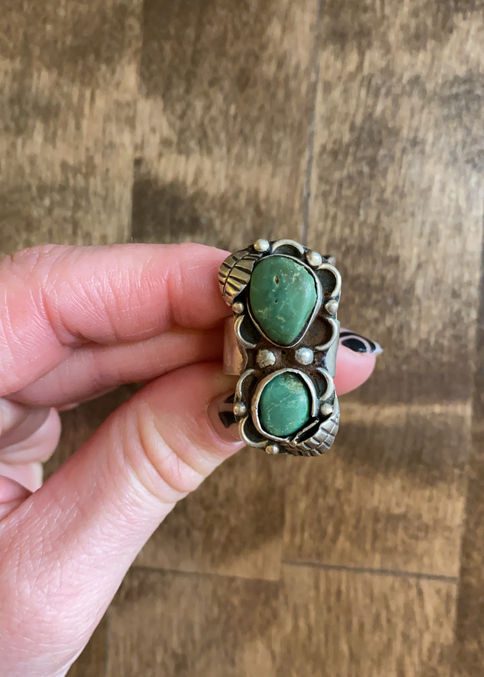Vintage Sterling Silver Ring with 2 Turquoise Stones 5