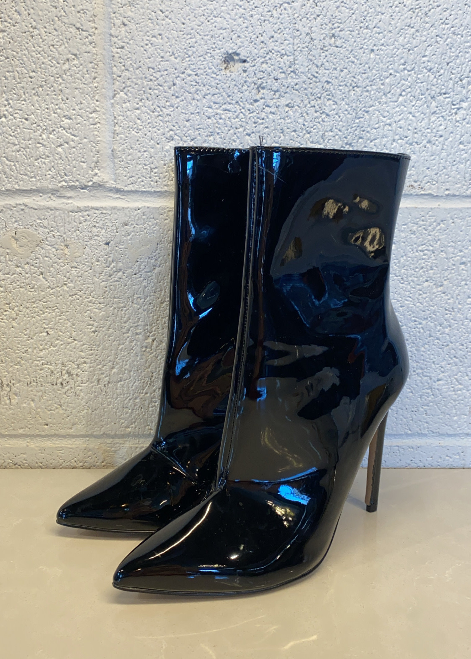 Steve Madden Patent Leather Wagner Heeled Booties 7
