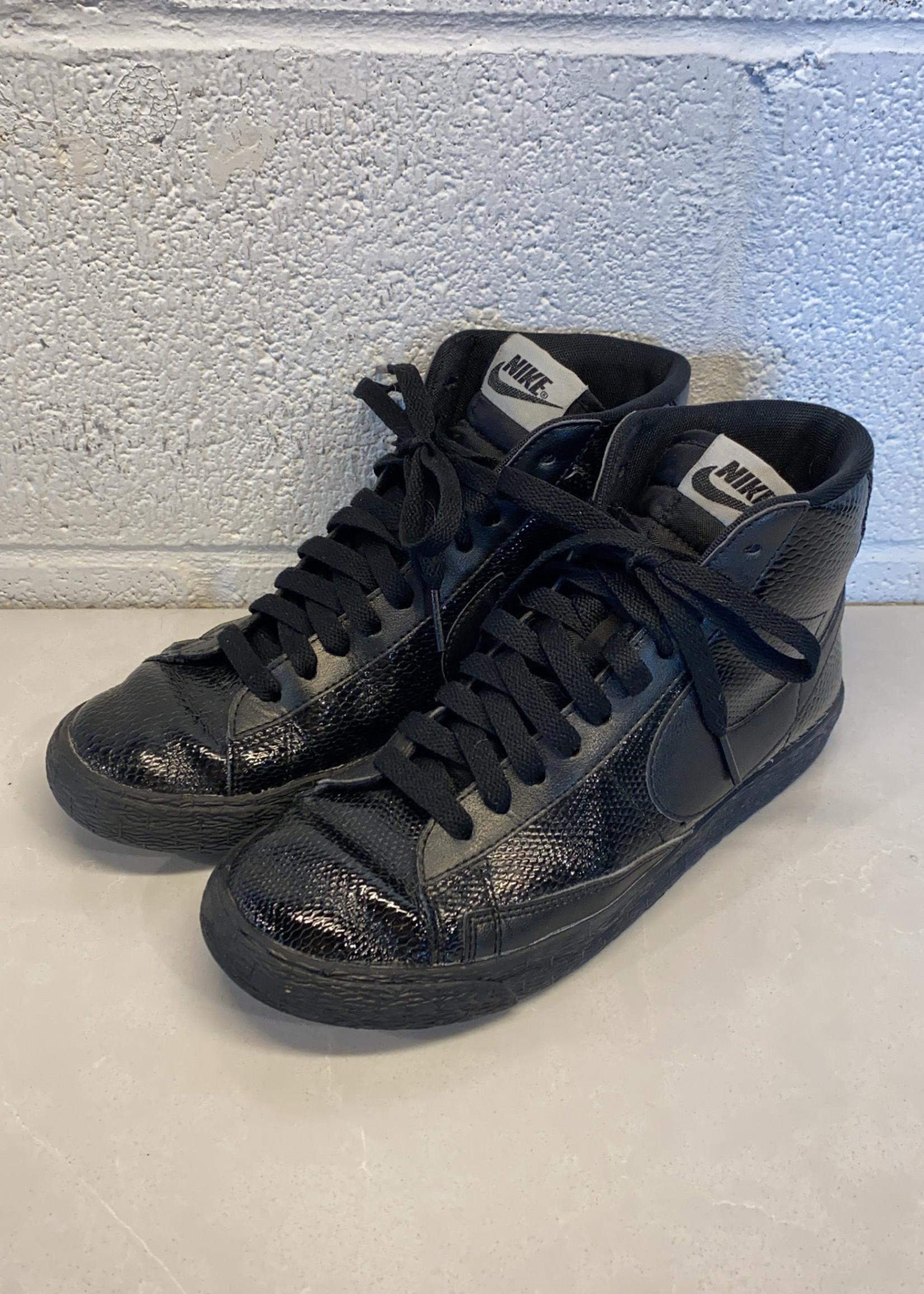 Nike Wmns Blazer Mid Leather Premium 'Black' 7