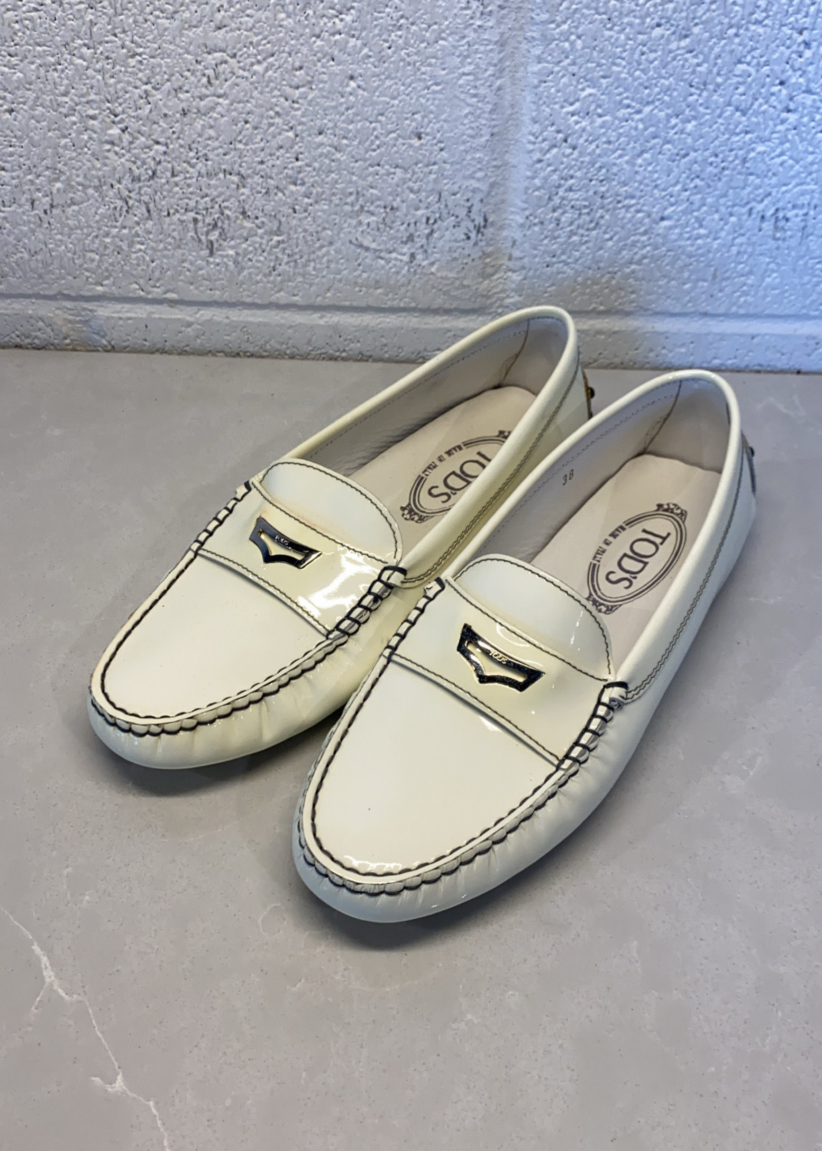 Tods White Patent Leather Loafers As Is (Retail: $545)