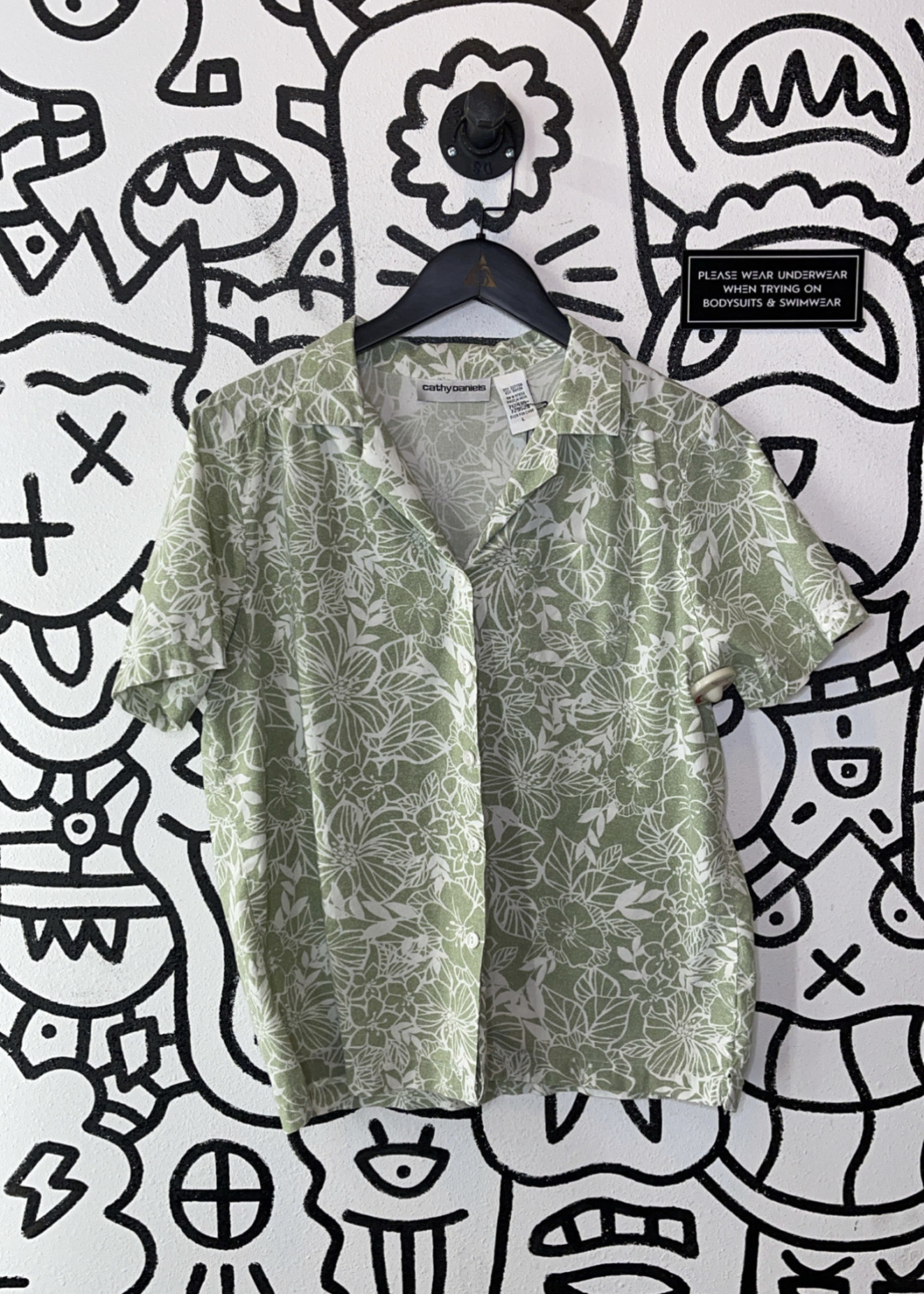 Vintage Cathy daniels green floral button up L
