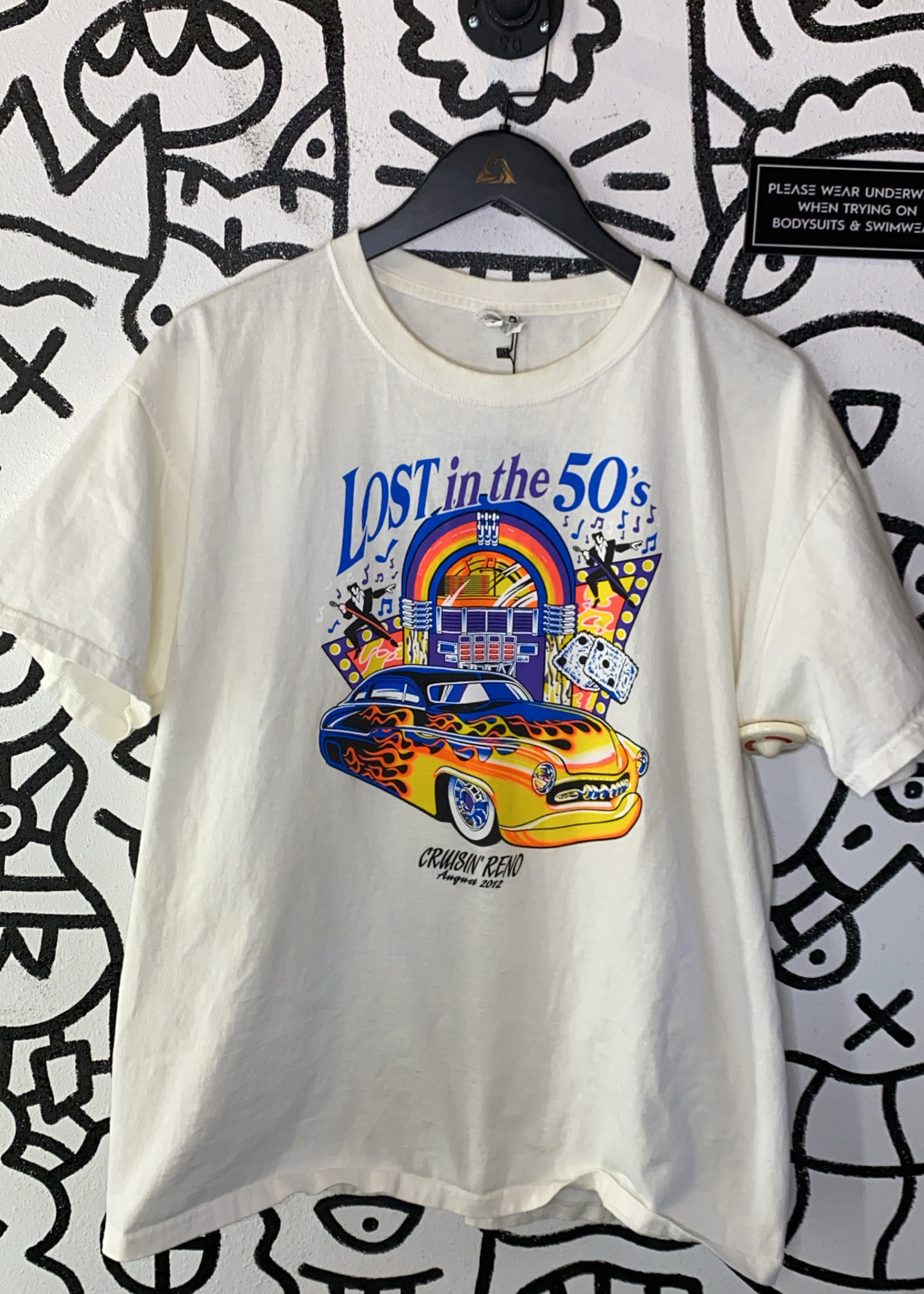 Lost in the 50s graphic t shirt XL