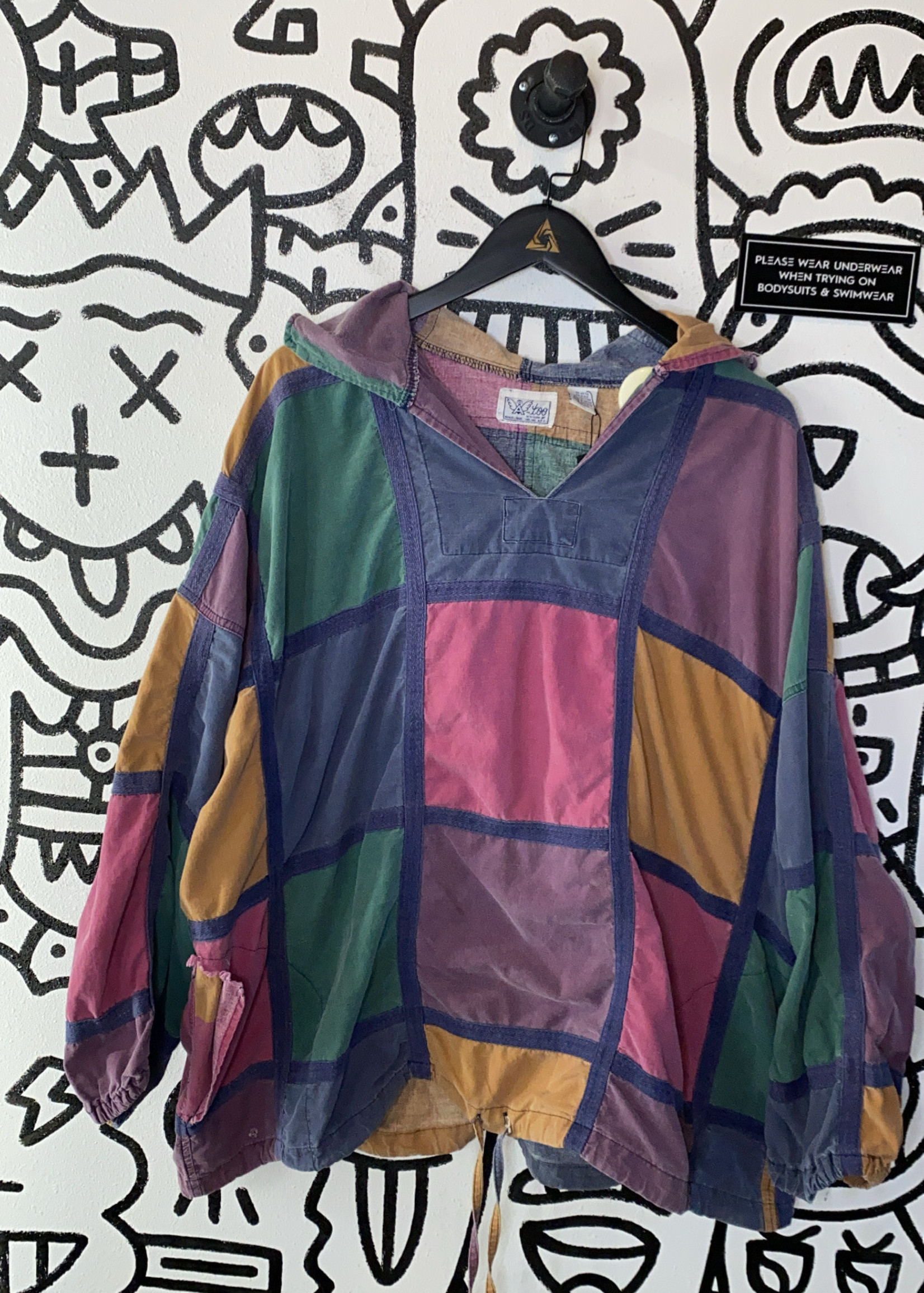 A Too Vintage Patchwork Pullover Hoodie OS