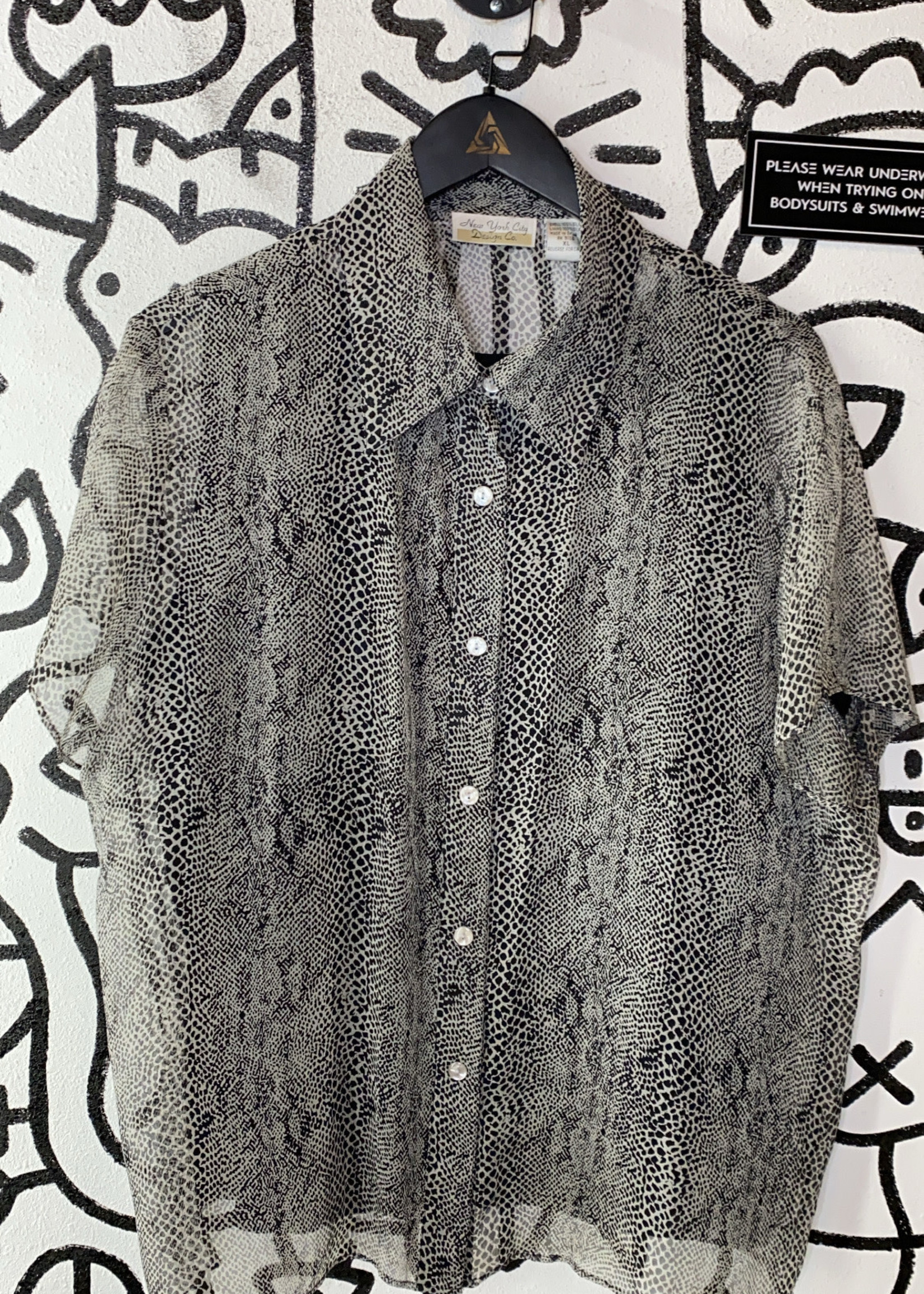 New York City black and grey chiffon button up XL