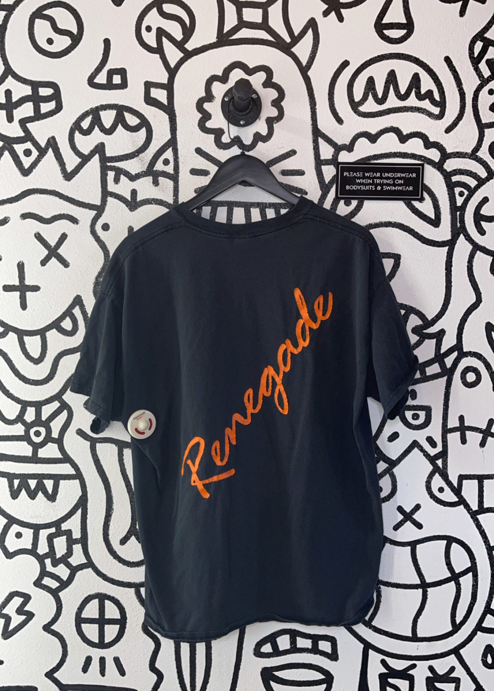 Renegade Black Tee XL