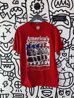 Vintage Red America's Team Tee L