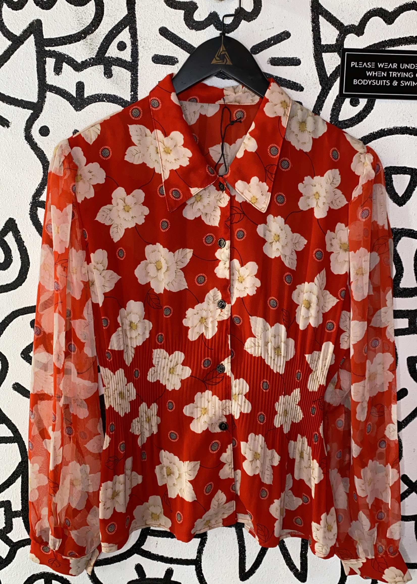 Vintage No Label Red Ruched Floral Pattern Button Down M