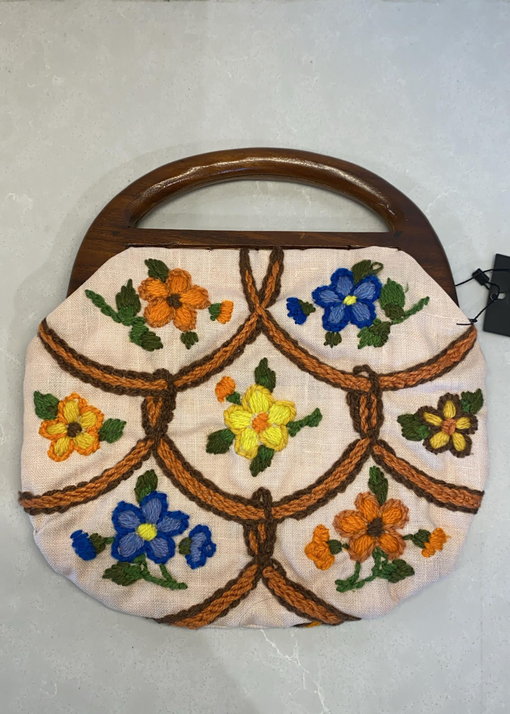 Vintage '60s White Knit Handbag with Wood Handle