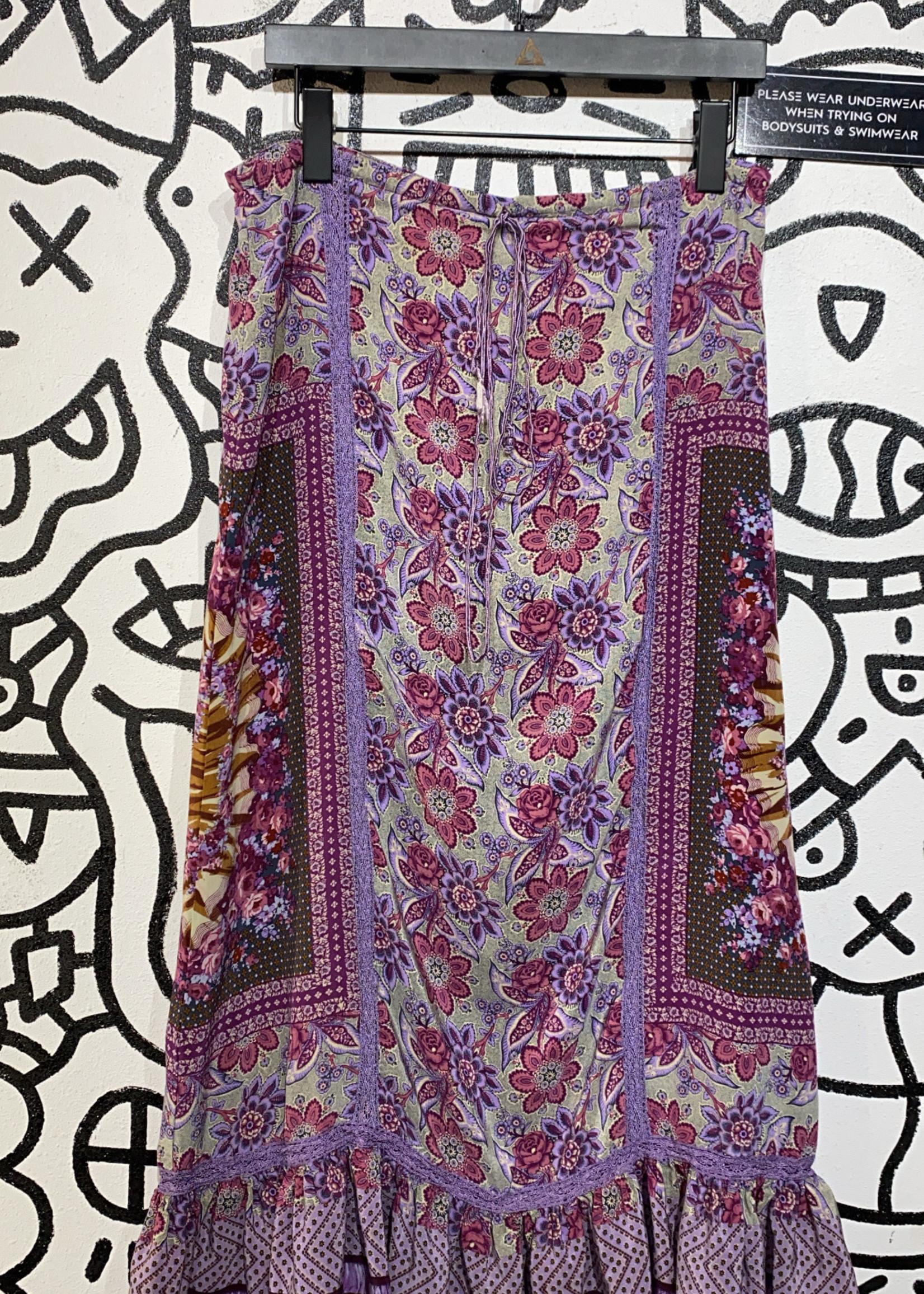 "Plenty Vintage Purple Floral Pattern Skirt 32"""