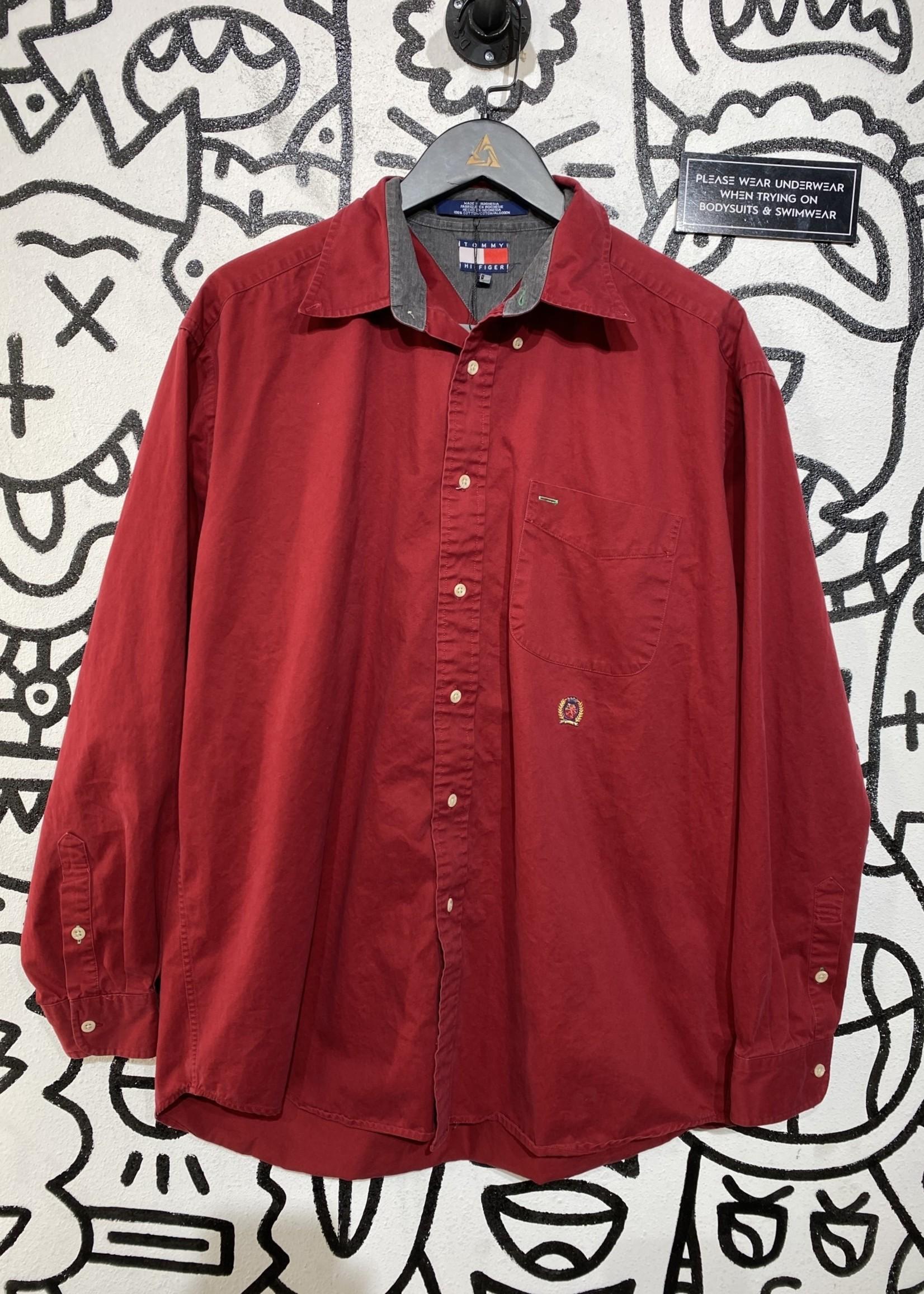 Vintage red tommy hilfiger button upL