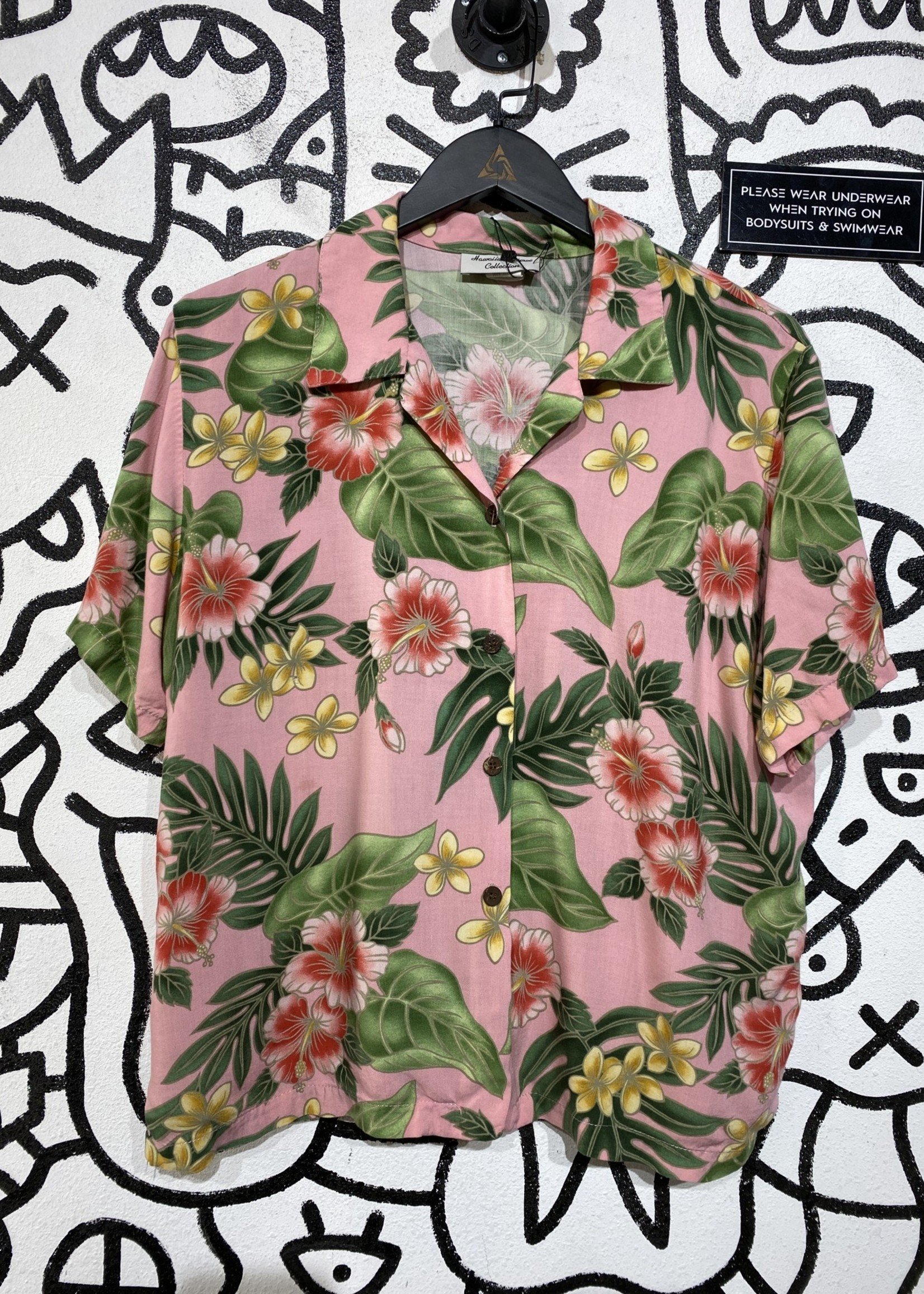 Hawaiian Rose Collection Pink Vintage Button Up L