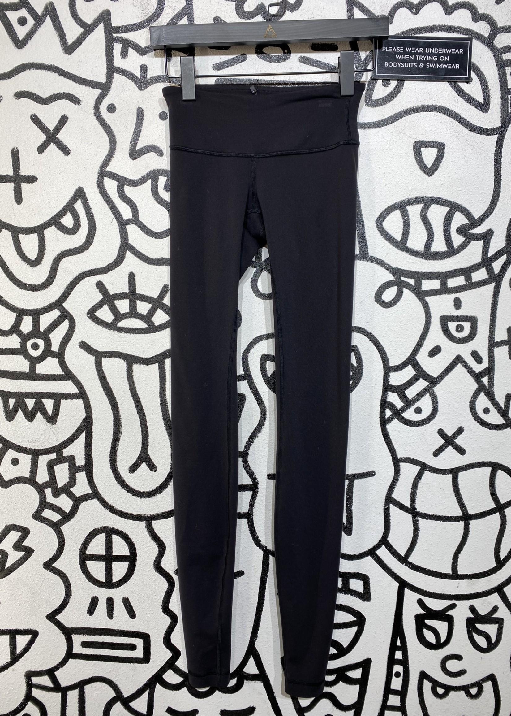 Lululemon black long leggings 2