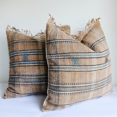 """Filling Spaces Akriti Sand 22"""" x 22"""" Pillow with insert"""