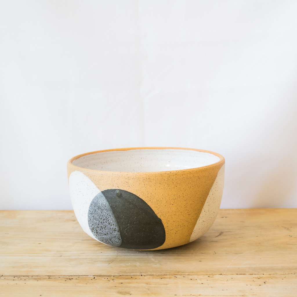 Natan Moss Ceramics Medium Stoneware Lucia Bowl in Black and White