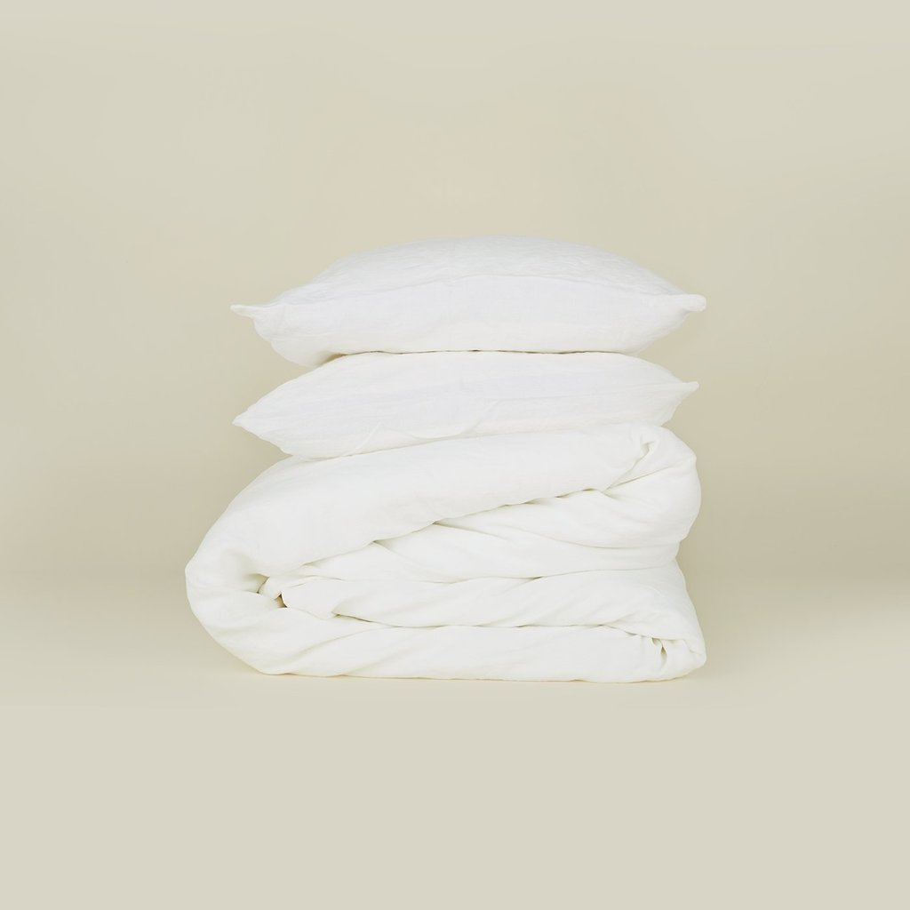 Hawkins New York Simple Linen Duvet Cover, King- White