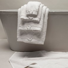 Matteo Riviera Bath Towel, White