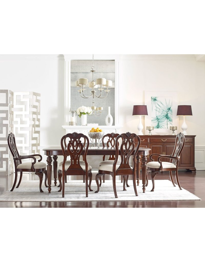 Kincaid Kincaid Hadleigh Oval Dining Table