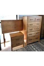 Archbold Furniture Archbold Furniture 2 West (Honey) 5pc Bedroom Set