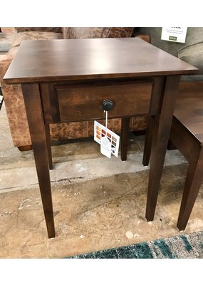 Archbold Furniture Alder End Table (Brown Mahogany)