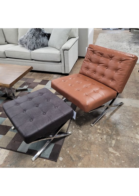 Barcelona Tufted Chair in Camel