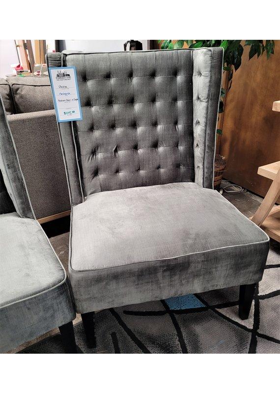 Amherst Medium Chair in Sage