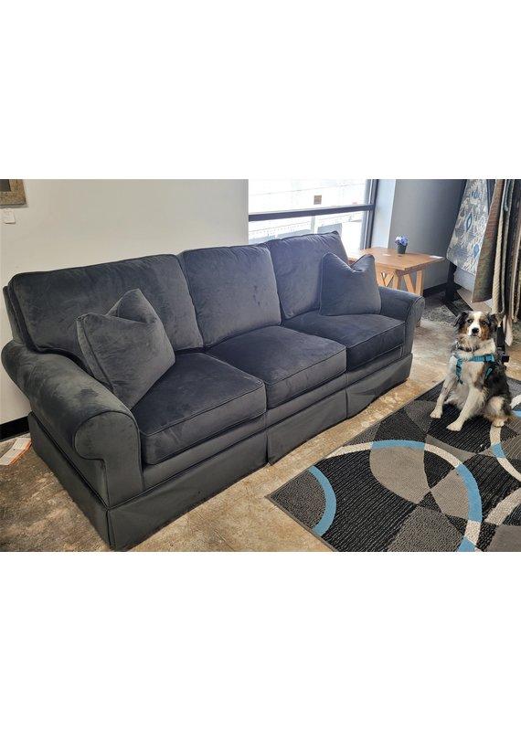 "Kincaid Custom Select 94"" Queen Sleeper Sofa in Royale Gunmetal"