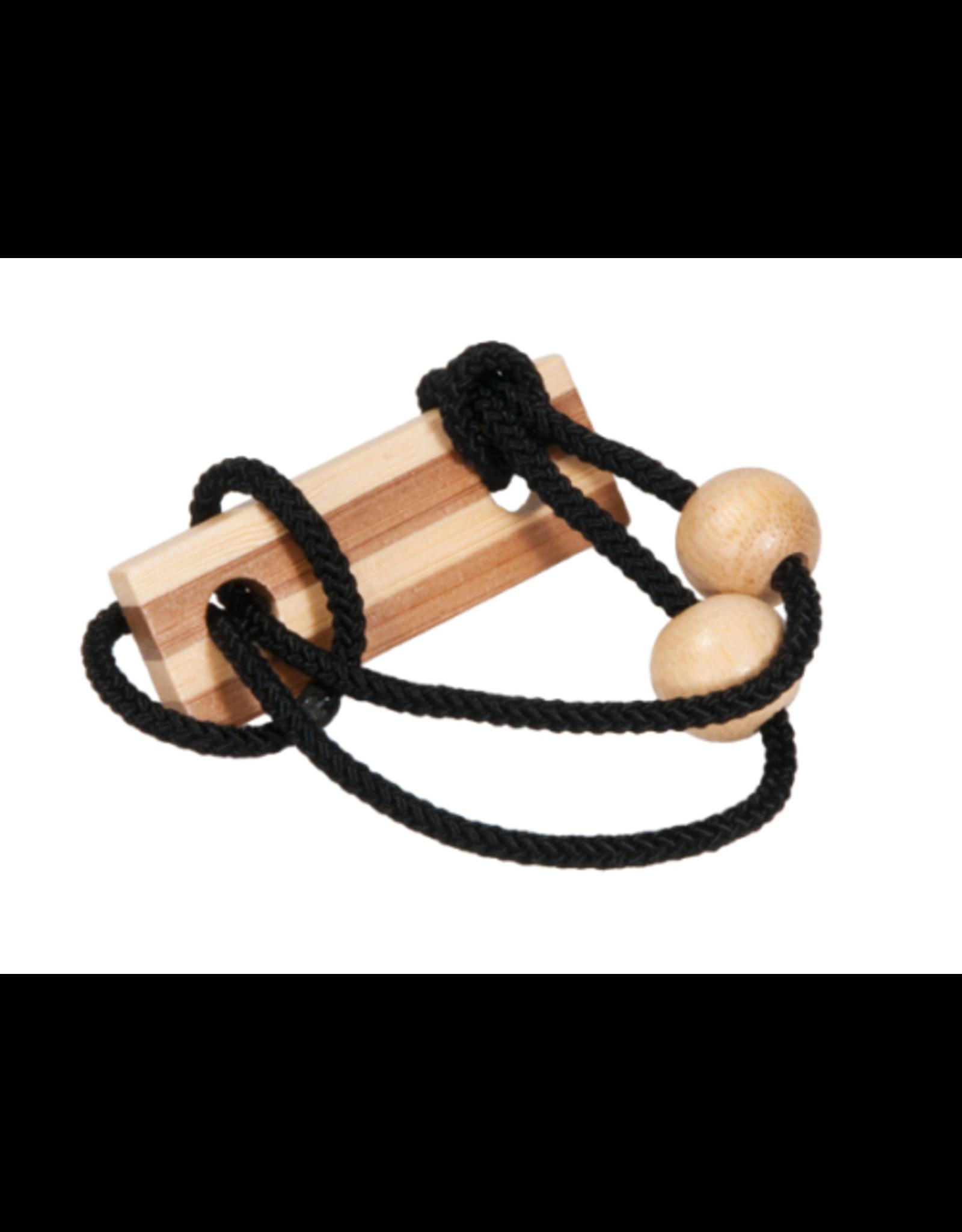 Fridolin IQ Test: Bamboo String Puzzle