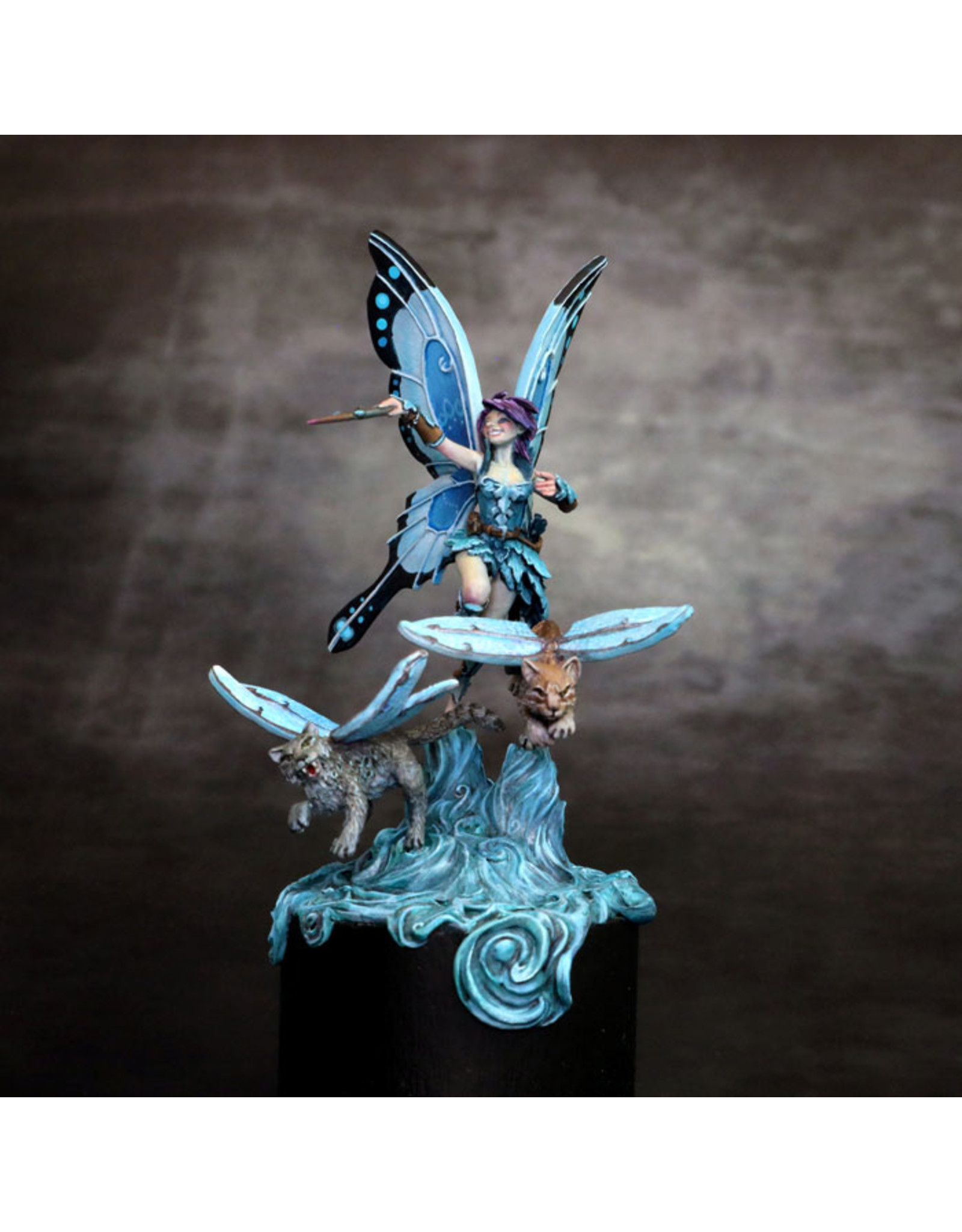Dark Sword Minis Visions in Fantasy: Ali the Fairy  with Winged Cats